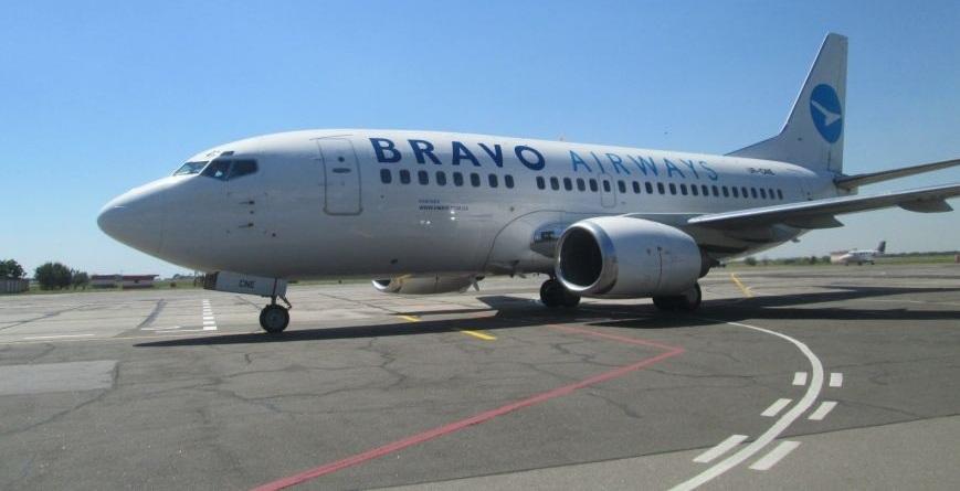 По неведомым  причинам ваэропорту Анталии задержали украинский рейс