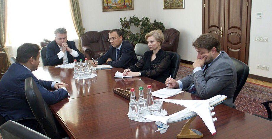 ВМИД Украины вызвали посла вВенгрии— Закон обобразовании