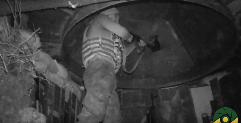 Вweb-сети интернет появилось видео ночного боя ВСУ ибоевиков под Авдеевкой