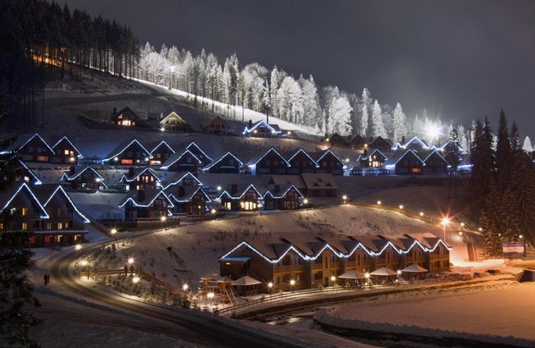 НБУ: «Приватбанк» должен реализовать курорт «Буковель»