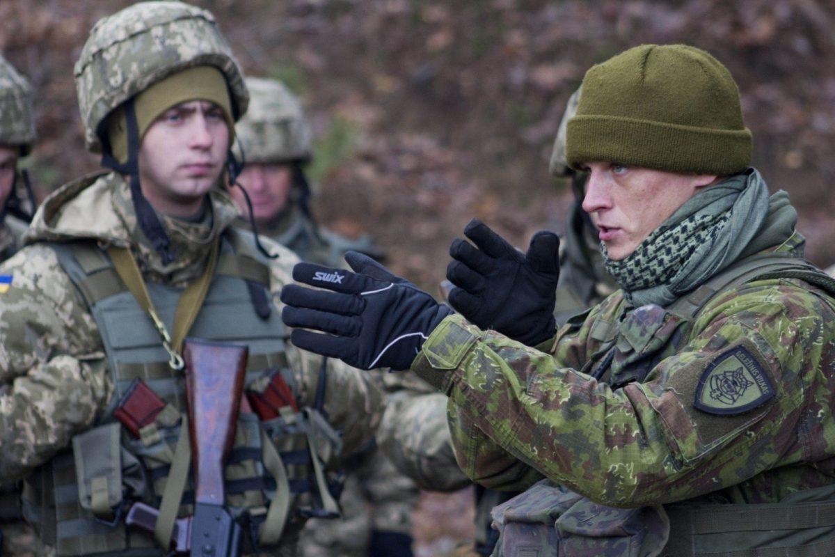 Литовские инструкторы направились в Украинское государство для участия ввоенно-обучающей операции