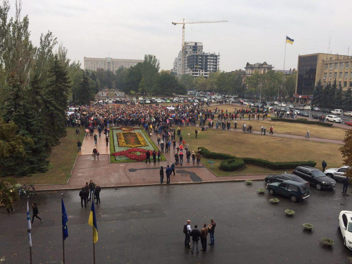 На «Народном вече» вНиколаеве принято решение добиваться роспуска городского совета