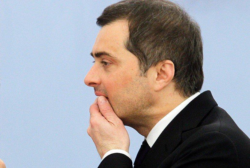 ВКремле опровергли поддержку Сурковым «министра МВД ЛНР» Корнета