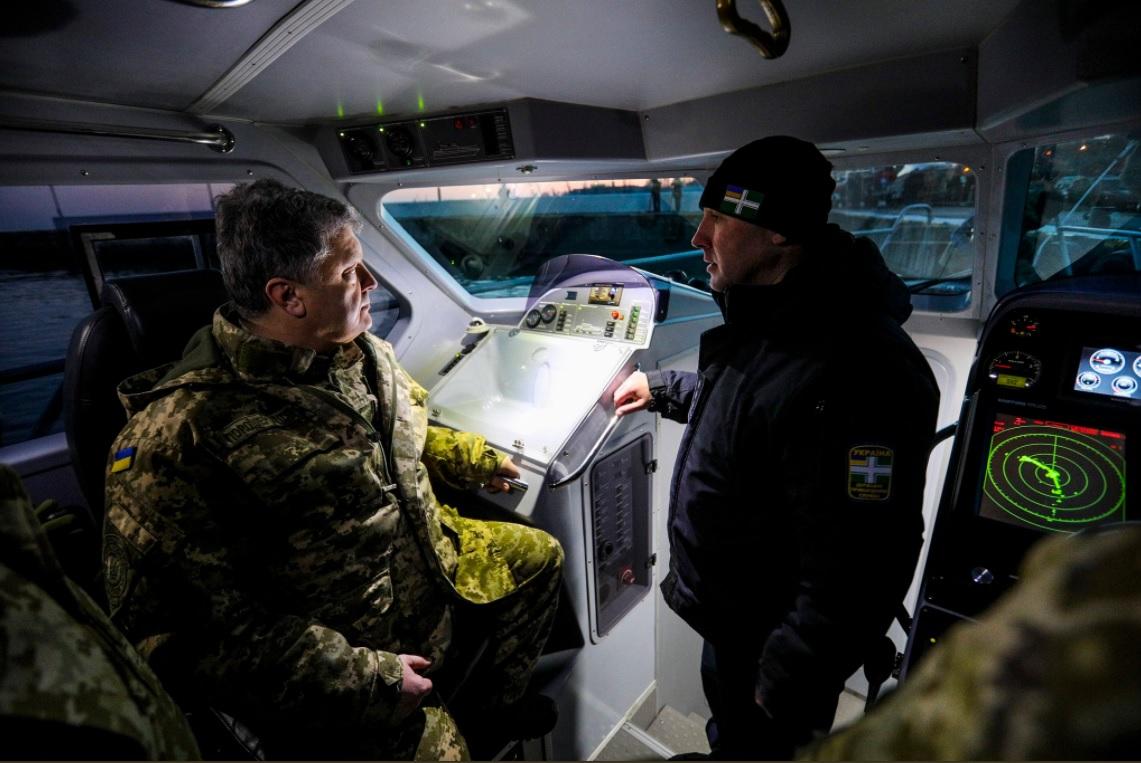 Президента забрало воткрытое море— Бедный Порошенко