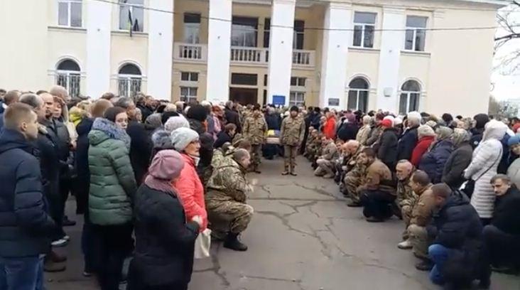 ВКонотопе похоронили погибшего вАТО солдата батальона «Сумы»
