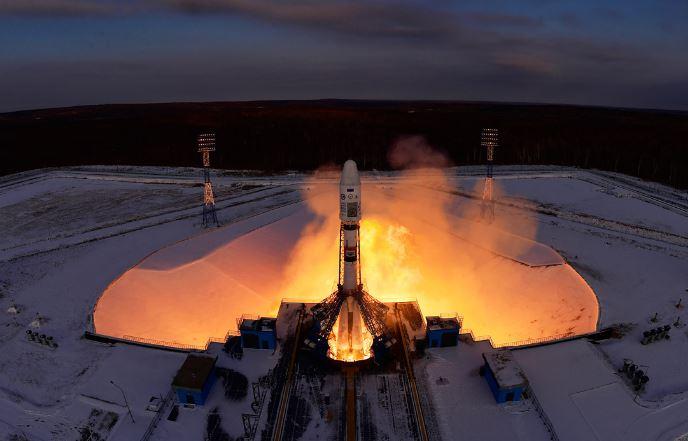 Расследовать трагедию спутника «Метеор» будут две комиссии