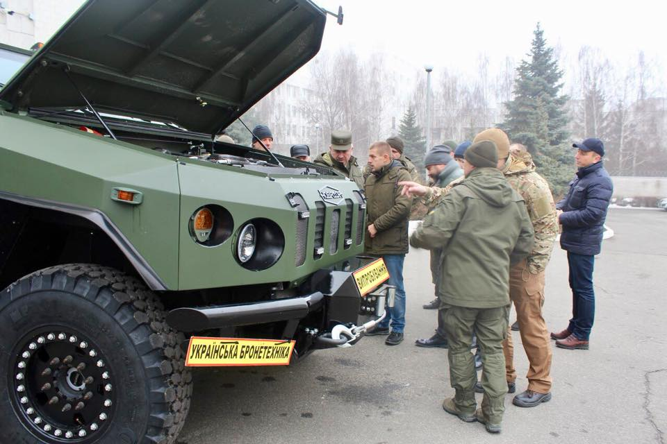Вгосударстве Украина представили новый бронеавтомобиль