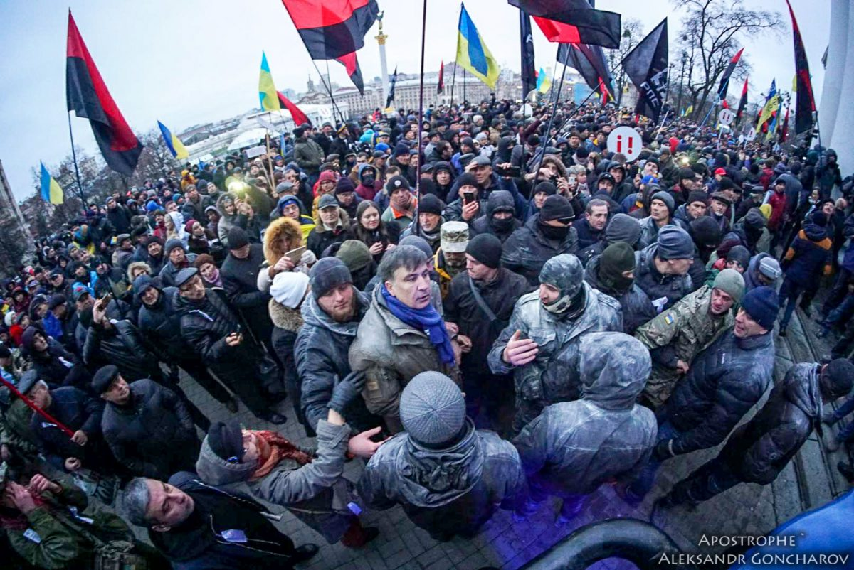 Саакашвили отмежевался отштурма Октябрьского замка