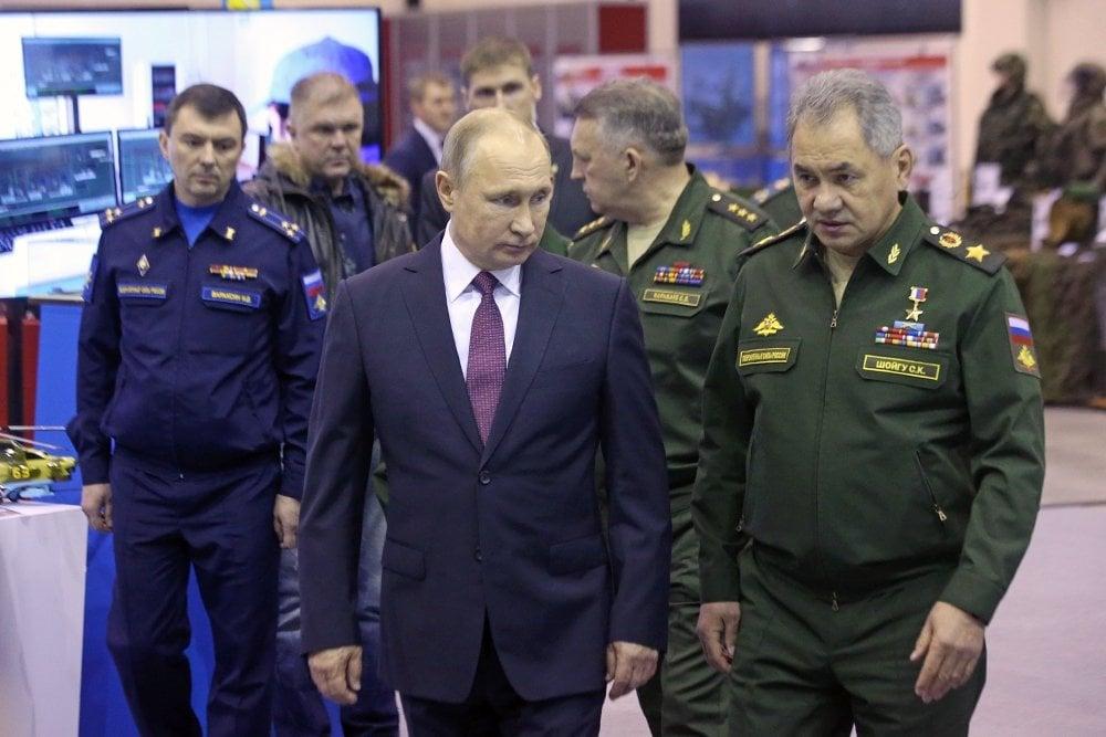 Российская Федерация должна стать лидером встроительстве армии обновленного поколения — Путин