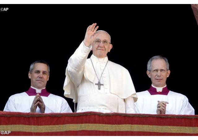 Папа Римский призвал сделать мир более человечным