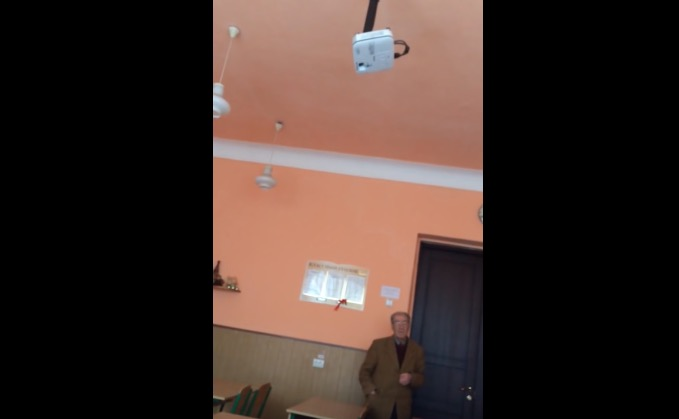 ВДонецке школьники сдали «спецслужбам ДНР» своего учителя спроукраинскими взглядами