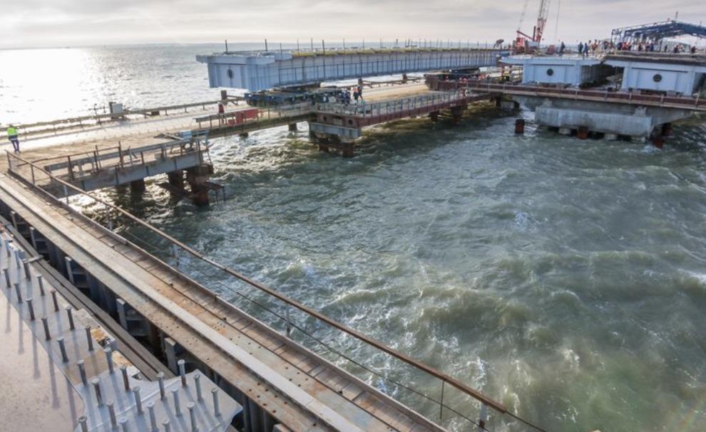 Аксенов объявил осрыве сроков сдачи дороги кКрымскому мосту