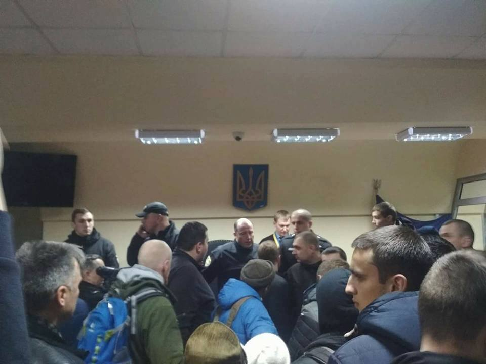 ВЧеркассах всуде устроили погром из-за скандального решения поподозреваемому