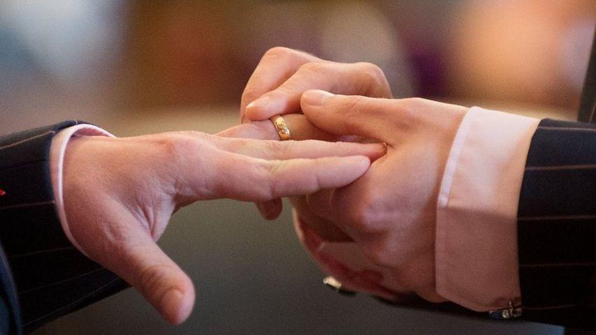 Только изфинансовых соображений,— два ирландских деда поженятся, чтобы неплатить налог