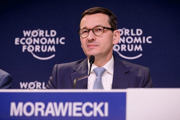 Польша вспоре о«Северном потоке-2» надеется наСША