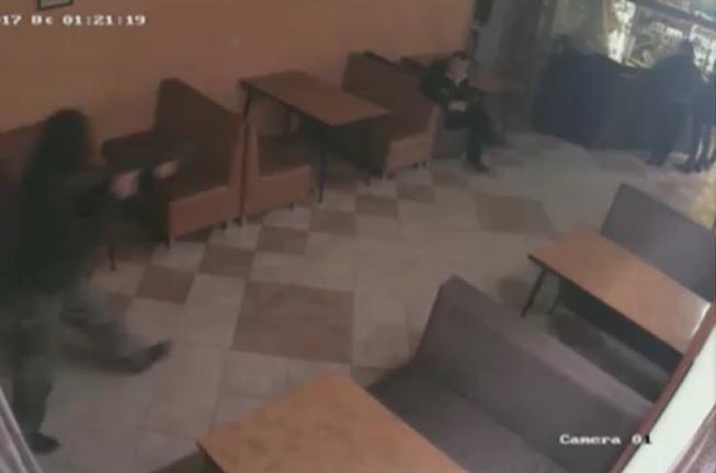 Боевики расстреляли граждан России вкафе: появились детали