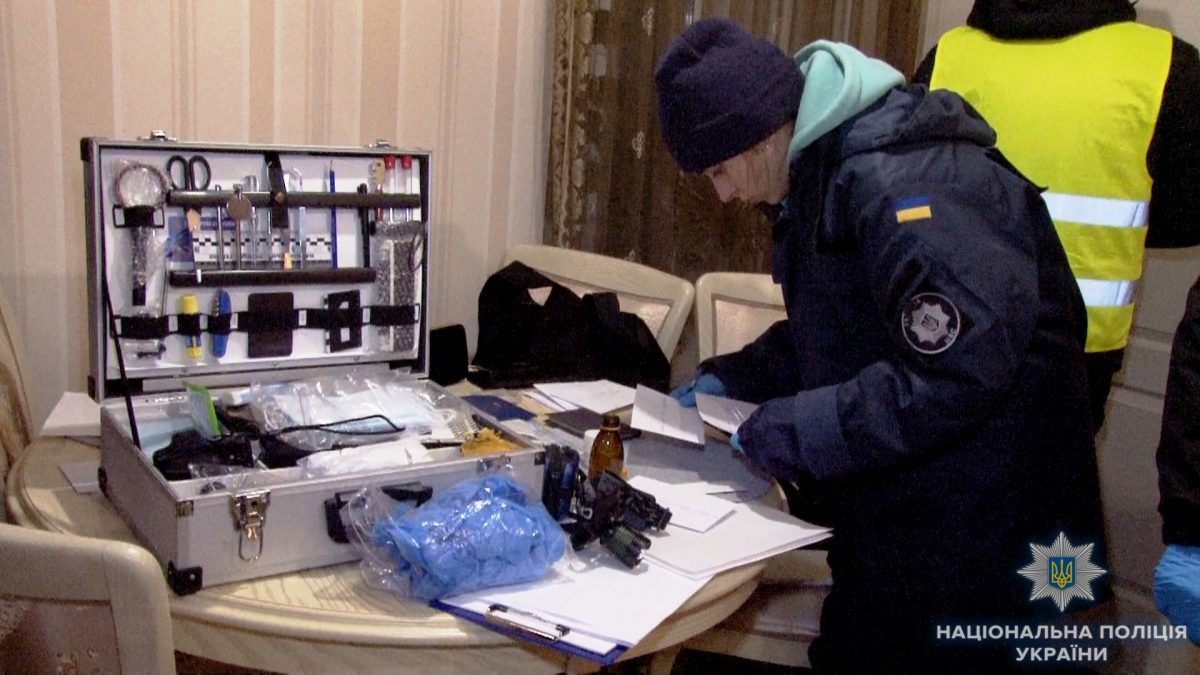 Убийство девушки вОдессе: тело отыскали вквартире, голову— наулице