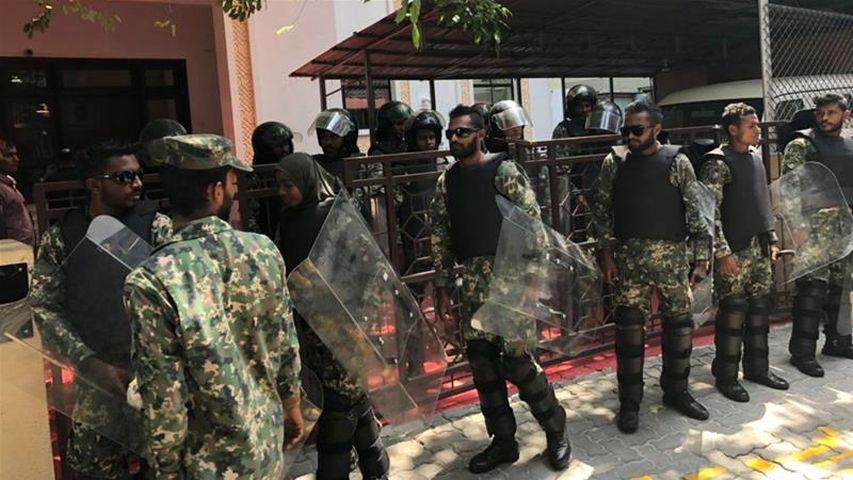 Русские туристы находятся вбезопасности наМальдивах, невзирая наполитические беспокойства