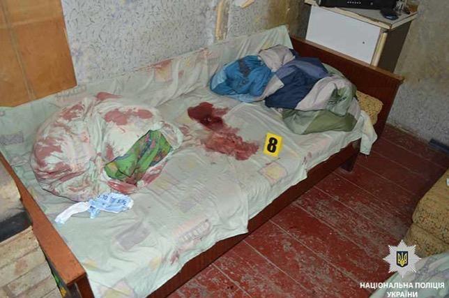 ВПавлограде школьник безжалостно зарезал соседа, ребенка иранил беременную женщину
