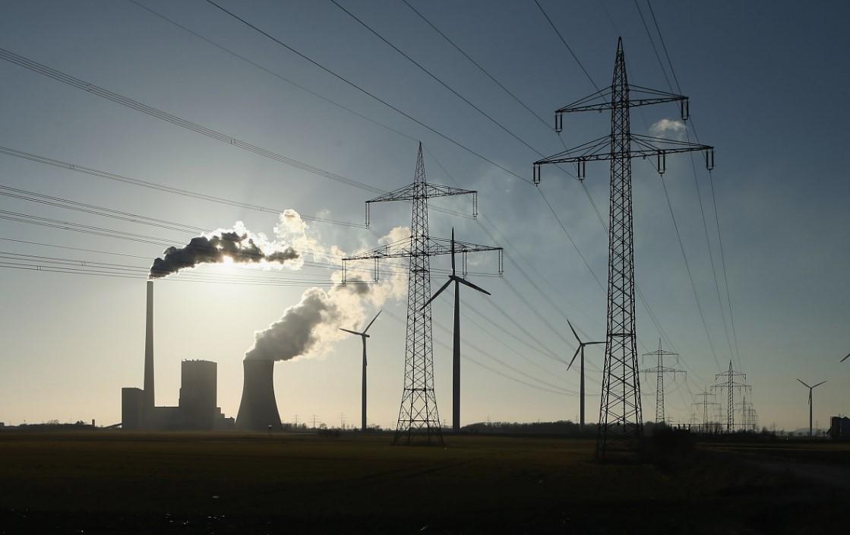 США обвинилиРФ впопытках манипуляции американським энергетическим рынком через соцсети