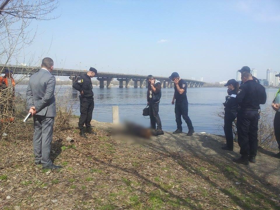 ВДнепре около моста Патона обнаружили тело женщины