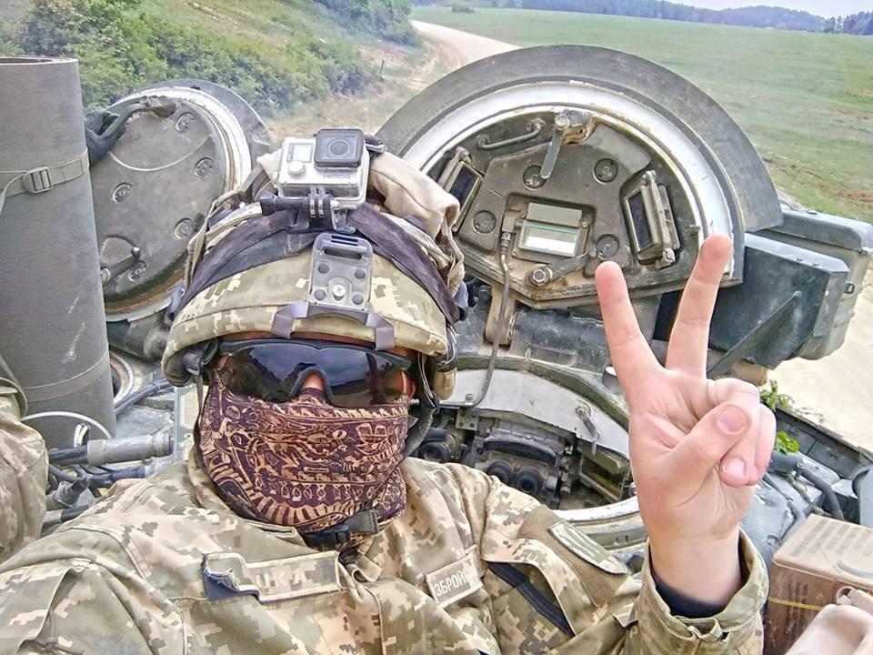 4 украинских Т-84 «Оплот» победили два Abrams США научениях