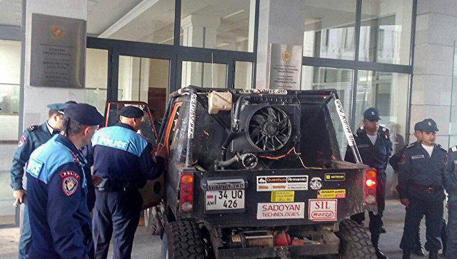 В Армении заблокировано транспортное сообщение