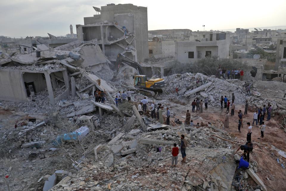 Русские самолеты атаковали деревню вСирии, погибли 38 человек