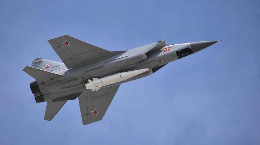 В РФ украли секретные разработки гиперзвукового оружия: что происходит и чем это грозит миру