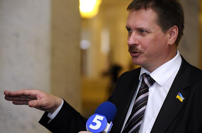 Порошенко обещал неучаствовать внаправленной против РФ деятельности