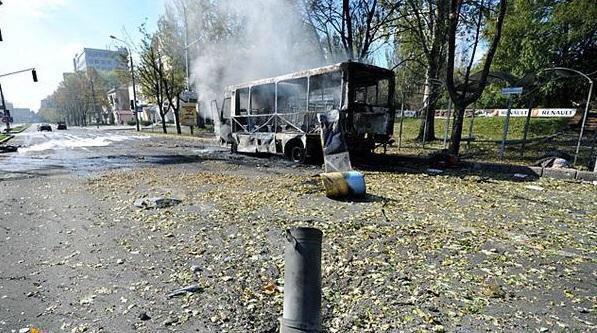 Кто и чем расстрелял автобус под Волновахой