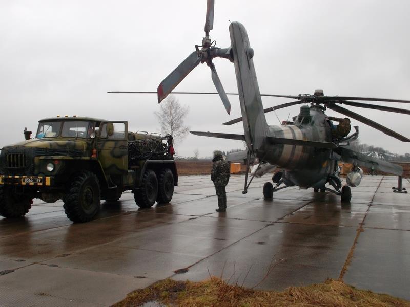 Украина имеет контракты с 11 странами ЕС на поставки оружия, в том числе летального, - Порошенко - Цензор.НЕТ 674